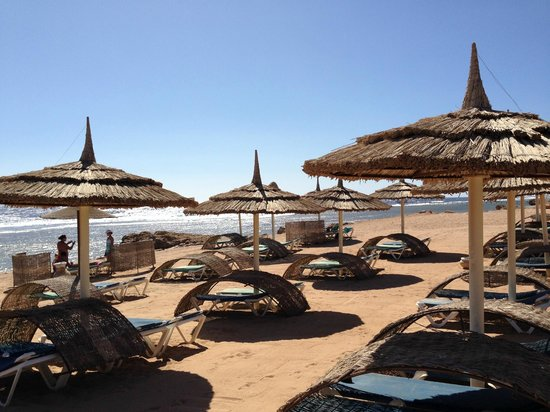 Tirana Aqua Park Resort: La spiaggia privata