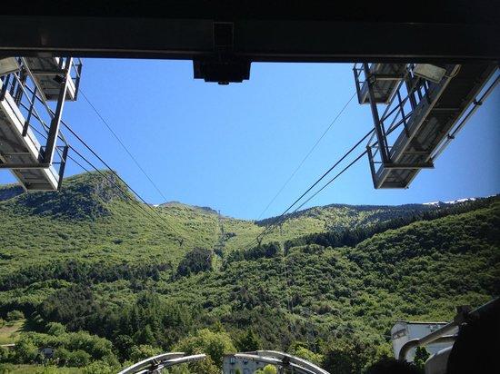 Monte Baldo: Cable car view, going up
