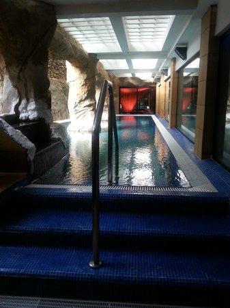 Hotel Dorado Beach & Spa : Petit bassin eau de la mer morte, on y flotte!