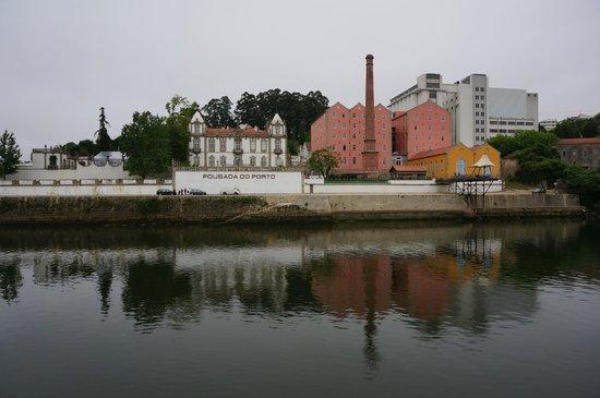Pestana Palacio do Freixo: from river