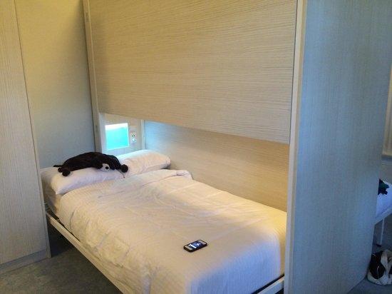 NYAH Key West: Single bed