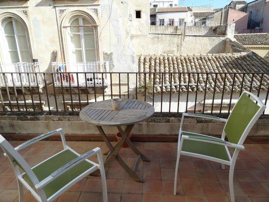 Palazzo del Sale: Terrace of Rm. 217