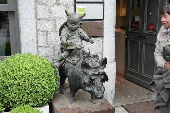 Le Sanglier Des Ardennes: Hotel Entrance