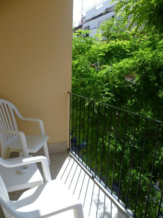Hostal Europa Punico: Balcony