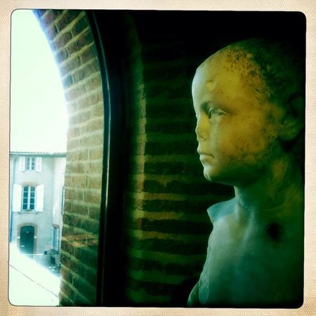Musee Saint-Raymond - Musee des Antiques de Toulouse : statue in St Raymond Museum