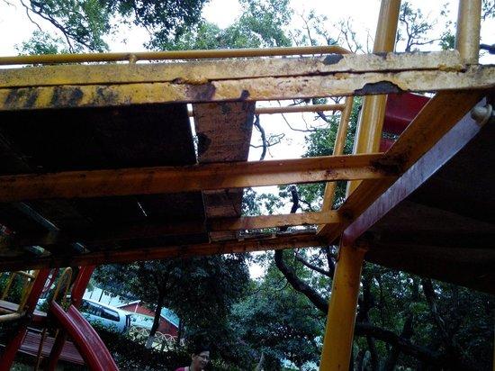 MTDC Holiday Resort Mahabaleshwar: Dangerous for kids