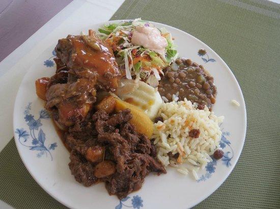 Guiyave Restaurant: buffet lunch