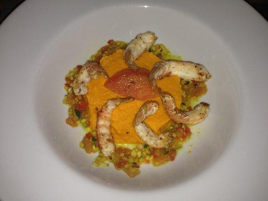 i salti: Entrée : Langoustine / purée carotte / légumes