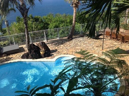 La Boheme: piscine et terrasse