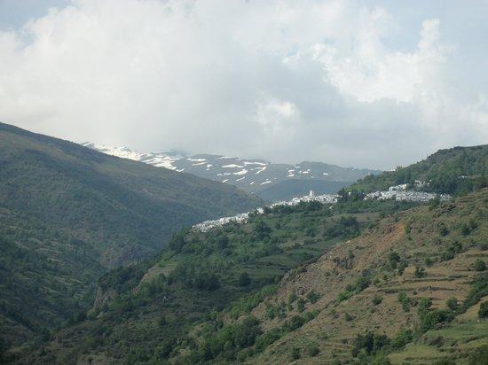 Las Alpujarras: schneebedeckte Berge