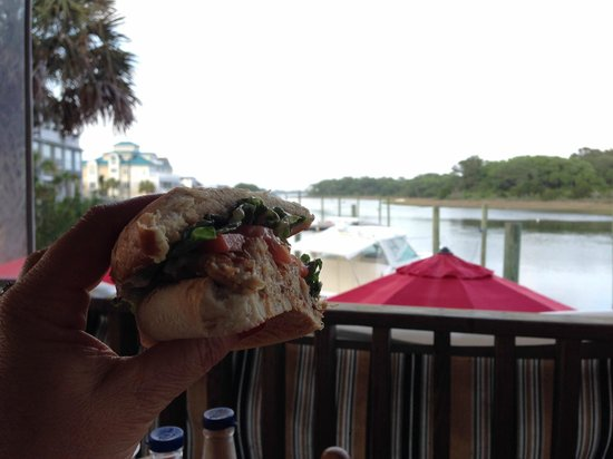 Sears Landing Grill & Boat: Crab Cake - Heaven on Earth!!