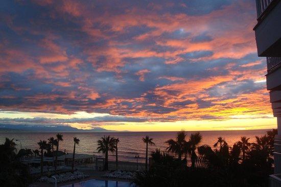 Hotel Riu Nautilus: kamer uitzicht 's morgens