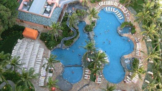 Sheraton Waikiki: Helumoa Playground