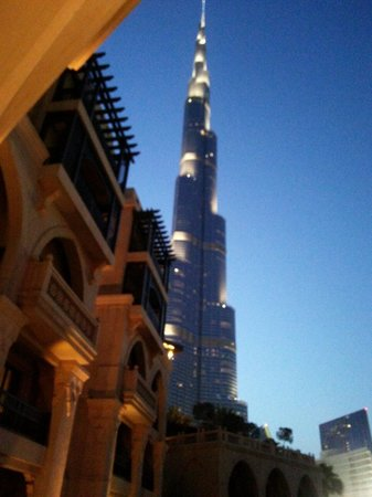 Palace Downtown : View of Burj in evening