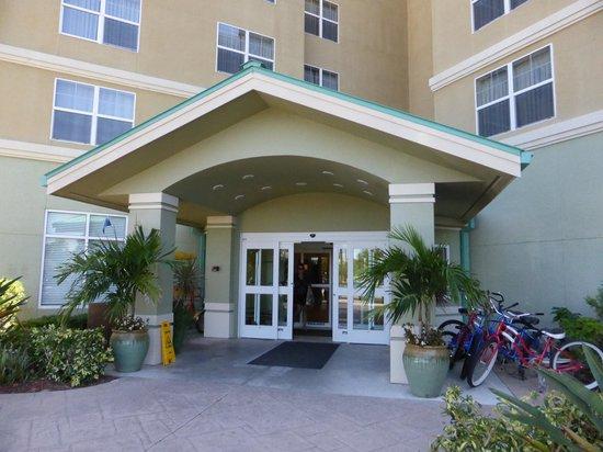 Residence Inn Fort Myers Sanibel : front entrance