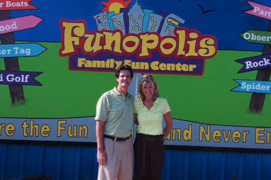 Funopolis Family Fun Center: Mrs. Fun & Mr. Opolis