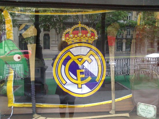James Joyce Irish Pub: ¡¡¡Vivan los Madridistas!!!