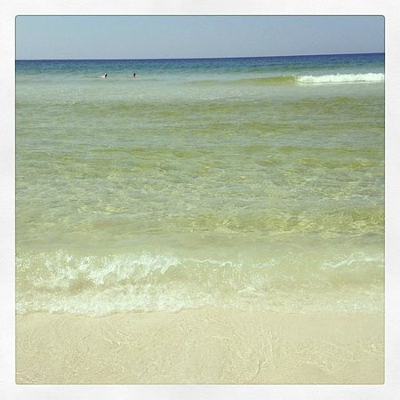 Hampton Inn Ft. Walton Beach: Lovely Beach at Hampton Inn Ft. Walton