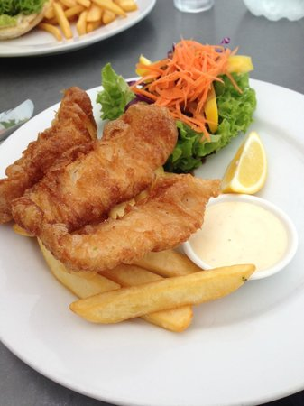151 Ocean View Seafood Bar & Grill : Fish and Chips