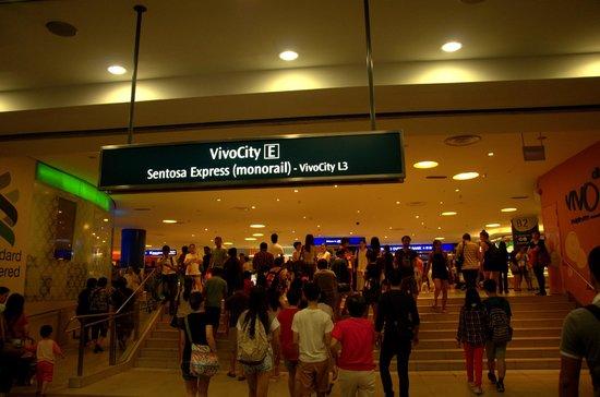 The Sentosa Express: Vivocity mall for Sentosa Express