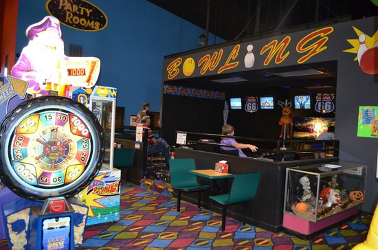 Funopolis Family Fun Center: bowling is always fun