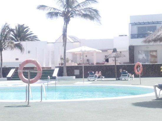 Hotel Club Siroco: shady palms