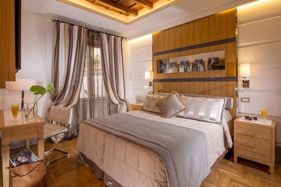 The Inn At The Spanish Steps: Superior room