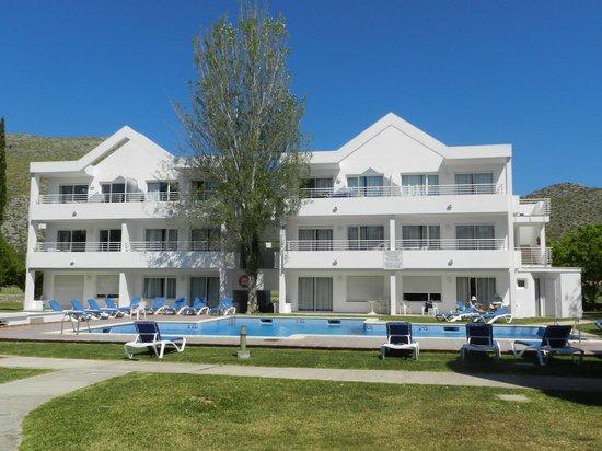 Duvabitat Apartments: Front View