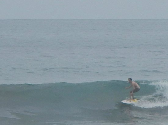 La Posada Private Jungle Bungalows: Son Surfing MA beach, Pura Vida!!!!