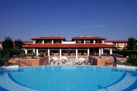 Hotel Residence Santa Giulia: Hotel terrace