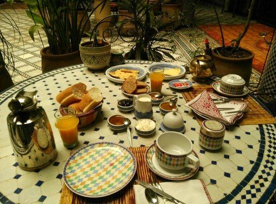 Riad Al Bartal: breakfast