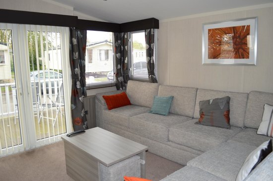 Burnham on Sea Holiday Park - Haven: Platinum caravan living area