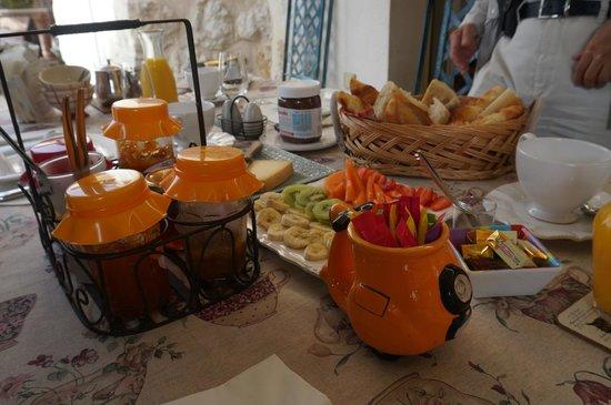 Vista Azzurra : 豐富早餐