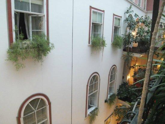 Palais Hotel Erzherzog Johann: wellhole