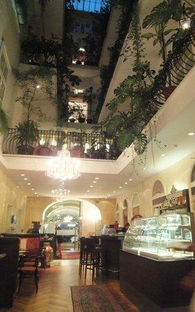 Palais Hotel Erzherzog Johann: restaurant