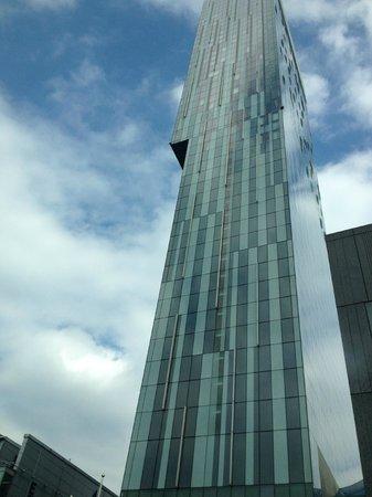 Hilton Manchester Deansgate: Hilton Building Manchester