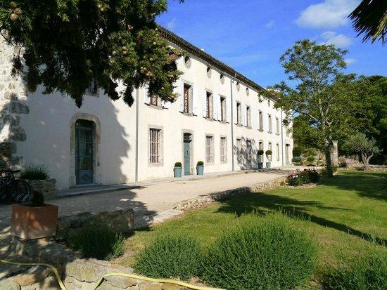 Chateau de Palaja : Hotel (Front View )