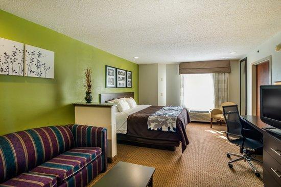 Sleep Inn at Bush River Road: King Suite