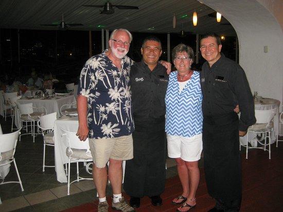 Porto Bello Bistro & Lounge: Armando & Jose, great waiters!