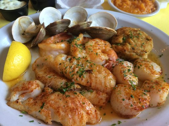 Croakers: Seafood Platter