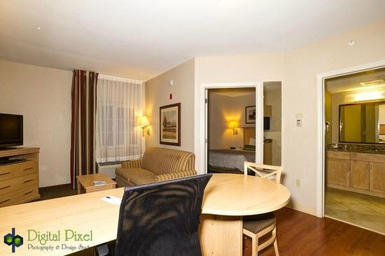 Candlewood Suites Ft Myers - I-75: 1 bedroom suite