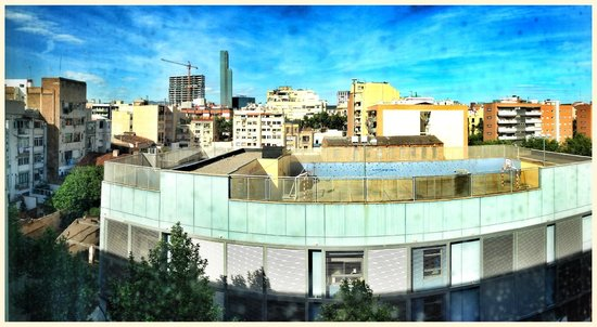Holiday Inn Express Barcelona City 22: View from our room.