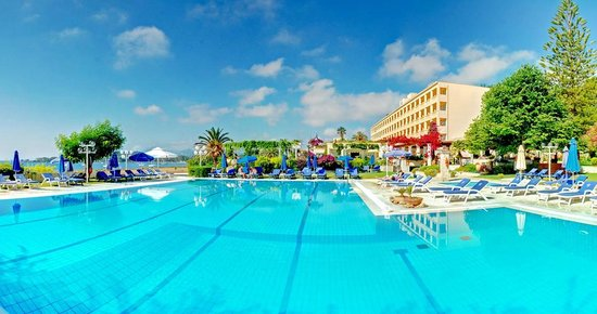 Corfu Palace Hotel : Swimming Pool