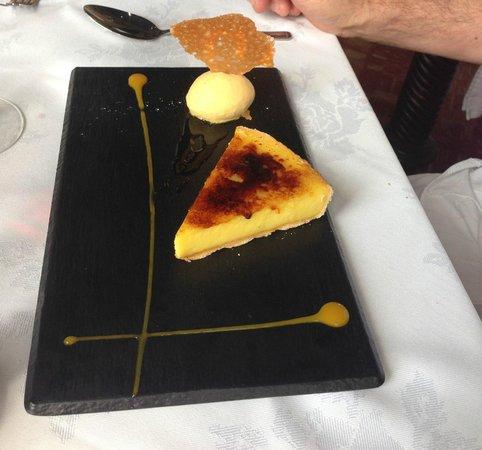 Nutters Restaurant: Brûlée