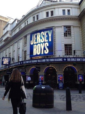 Jersey Boys London : Piccadilly Theatre on Denman Street