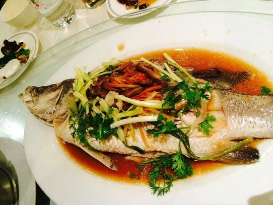 Jia Tong Heng Restaurant : Steam sea bass with soy sauce