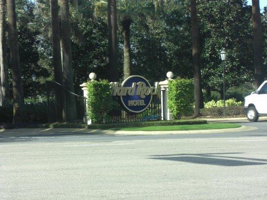 Hard Rock Hotel at Universal Orlando: Entrada al hotel