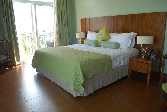 The Lighthouse Marina Resort: Aqua Veranda