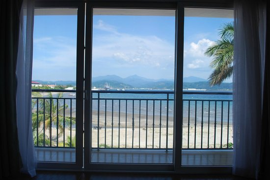 The Lighthouse Marina Resort: View from bed :)