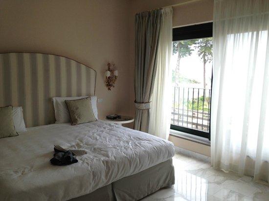 Garden & Villas Resort: Interno della stanza 181